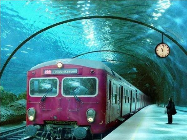 Trenul subacvatic
